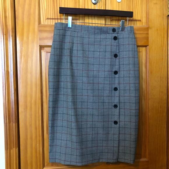H&M Dresses & Skirts - H&M check pencil skirt. Nwot.